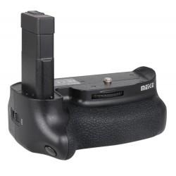 Nikon D5500 Battery Grip