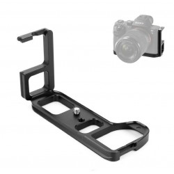 Specific L shaped bracket for Sony A-7II, A-7M2, A-7R2