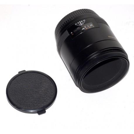 Yashica AF Macro 60mm 1: 2.8 Kyocera lens