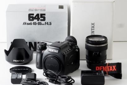 Pentax-645D for sale. LOWER PRICE